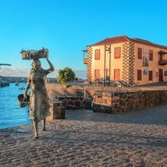 Monumento La Pescadora a Puerto de la Cruz
